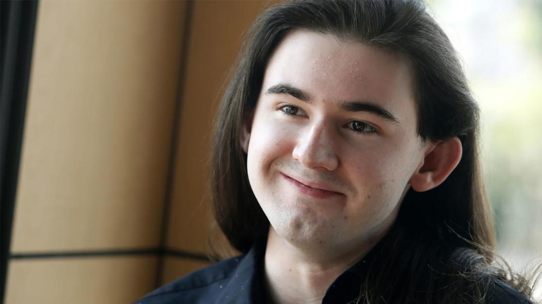 Portrait photo of Jared Gibbs.