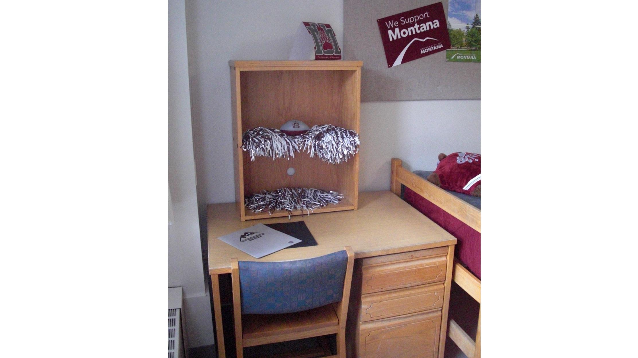 ... Miller Hall | Double Room Desk ... Part 43