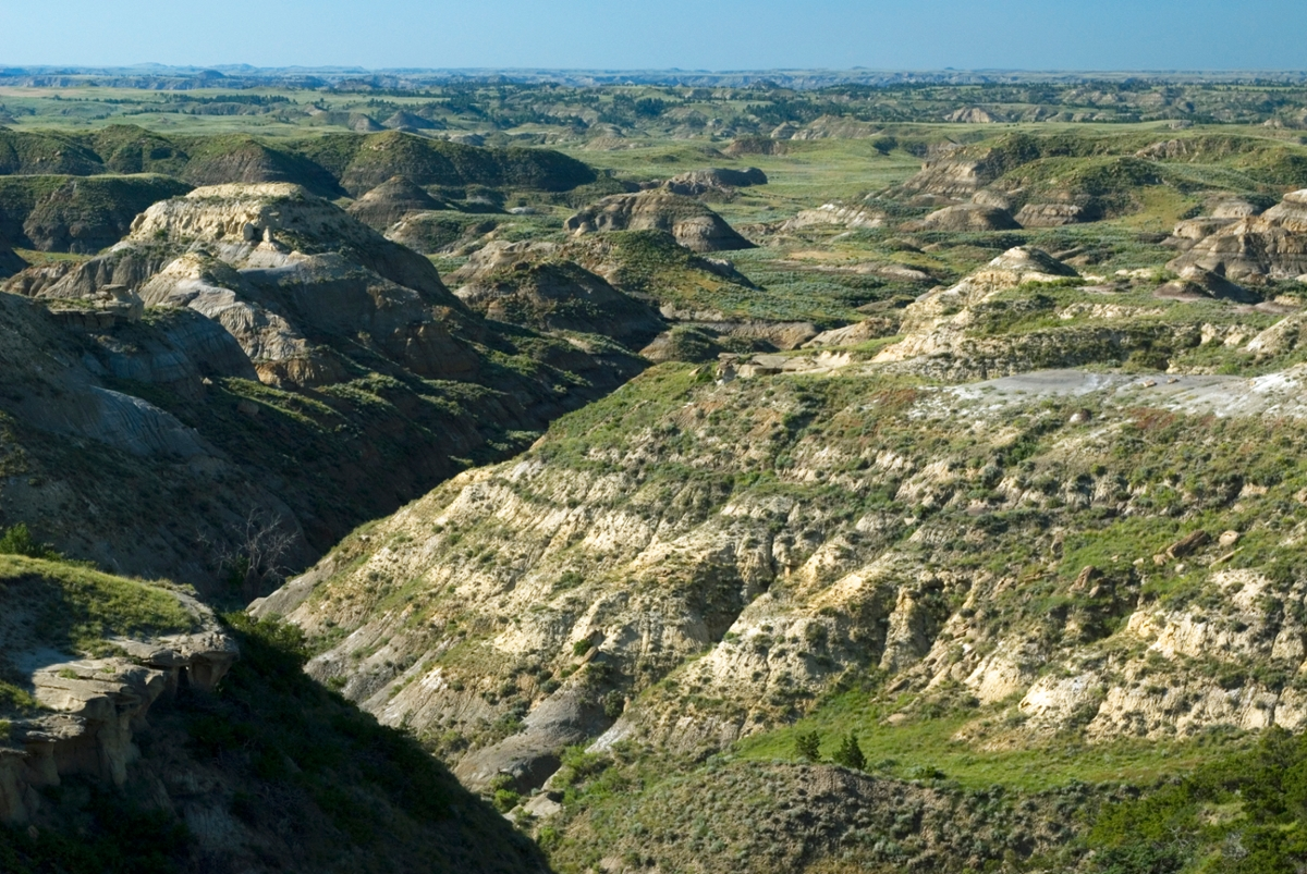 Powder River: The river breaks and badlands north of Jordan (Photo by Rick and Susie Graetz)